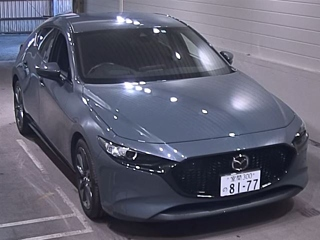 MAZDA MAZDA3 15S Touring с аукциона в Японии