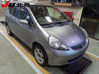 HONDA FIT 4WD с аукциона в Японии