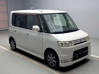 DAIHATSU TANTO  с аукциона в Японии